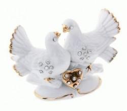 Фигурка голубей