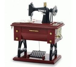 Шкатулка швейная машинка