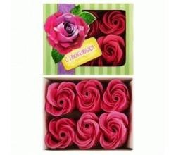 Лепестки роз С любовью