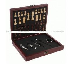 Подарочный Набор для вина с шахматами в футляре